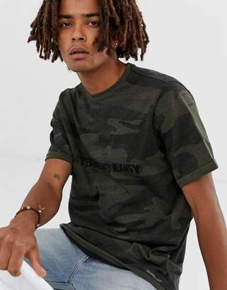 Levi's Levis Lej Engineered chest and back stripe logo t-shirt in tonal camo-Green