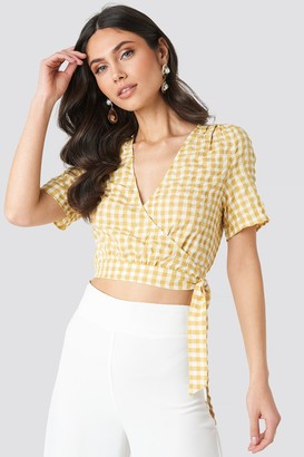 NA-KD Checked Overlap Blouse