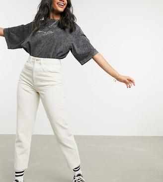 Reclaimed Vintage inspired The '91 mom cord jean in ecru
