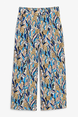 Monki Wide cropped trousers