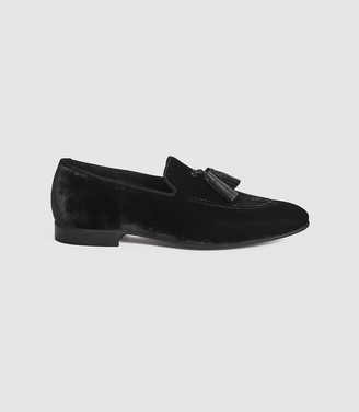 Reiss CHASE VELVET TASSEL LOAFERS Black