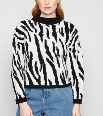 New Look Urban Bliss Zebra Print Crop Jumper
