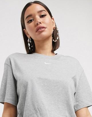 Nike central swoosh oversized boyfriend t-shirt in grey