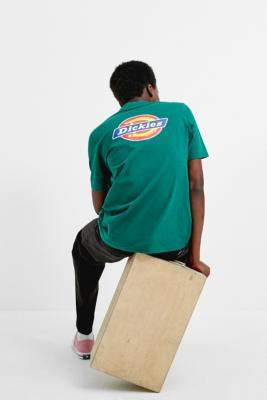 Dickies UO Exclusive Scout Green Short-Sleeve T-Shirt - green S at Urban Outfitters