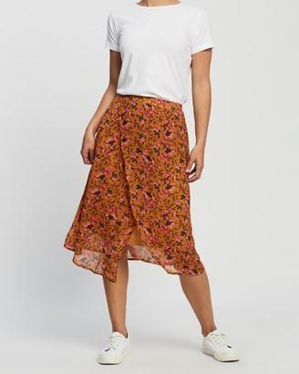 Vero Moda Vilde High-Waist Woven Calf Skirt