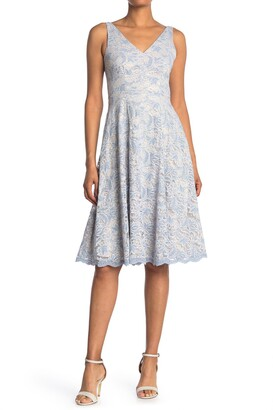 Vince Camuto Lace V-Neck Sleeveless Scalloped Midi Dress