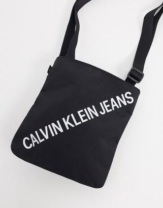 Calvin Klein Jeans flight bag in black