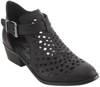 Yoki Women's Paladino-62 Ankle Boot