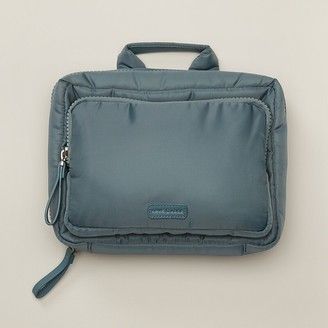 Love & Lore Love And Lore Puffer Toiletry Bag Trooper Blue