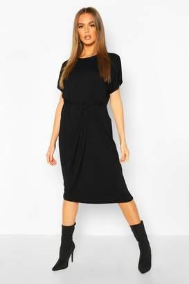 boohoo Tie Waist Curve Hem T-Shirt Dress