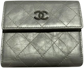 Chanel Timeless/Classique Metallic Leather Wallets