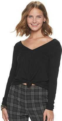 Love, Fire Love Fire Juniors' Double-V Tie Front Top