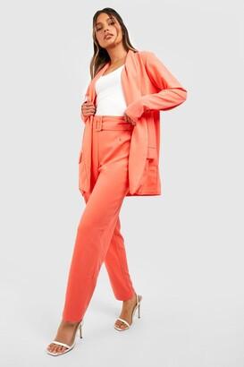 boohoo Tailored Blazer & Self Fabric Belt Pants Suit Set