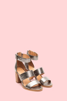 Frye & CoThe Company Bryn Stitch Sandal