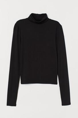 H&M Short polo-neck top