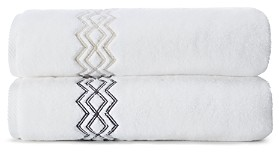 Matouk Arezzo Fingertip Towel