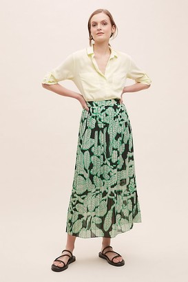 5Preview Dextra Leaf-Print Skirt