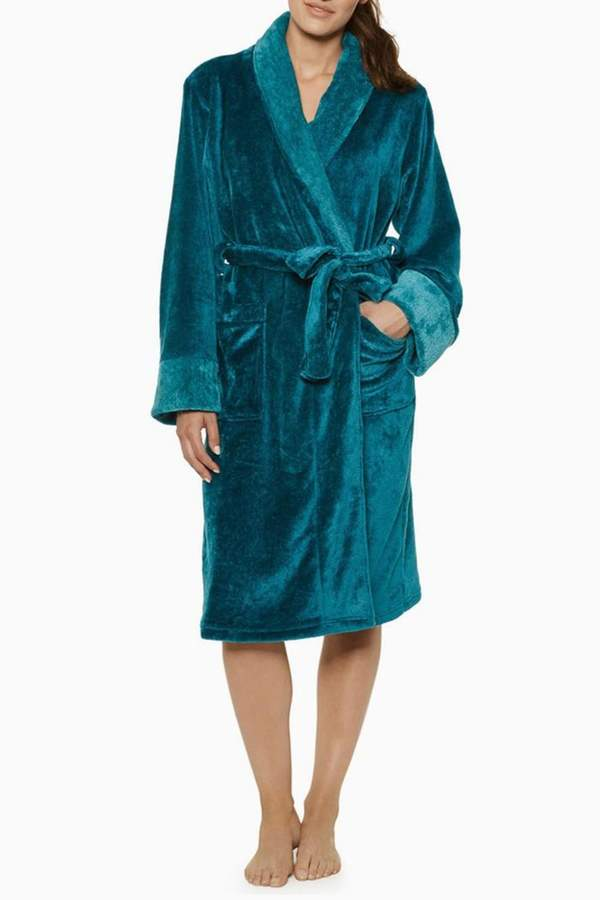 Blush Lingerie Lara Plush Robe