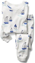 Gap Organic sailboat sleep set