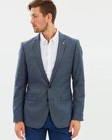 yd. Myles Slim Suit