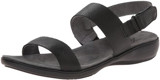Trotters Women's Gina