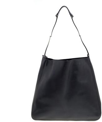 Gucci Black Leather Vintage Metal Handle Shoulder Bag