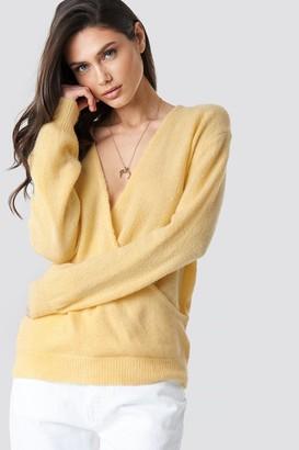 NA-KD V-Neck Overlap Knitted Sweater