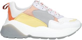 Lola Cruz Low-tops & sneakers