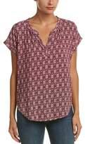 Velvet by Graham & Spencer Shirt Sleeve Top.