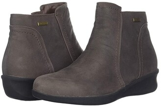 Aravon Fairlee Waterproof Ankle Boot (Warm Iron) Women's Shoes