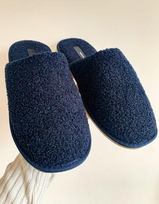 Vero Moda slippers in navy