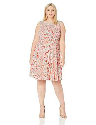 Gabby Skye Women's Plus Size Floral Print Dress W. Crochet Lace Illusion