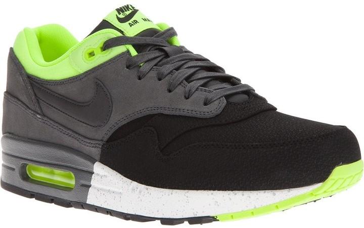 nike air max 1 trainers black