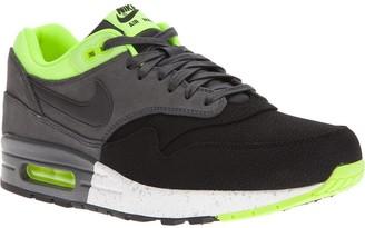 Nike 'Air Max 1' trainer