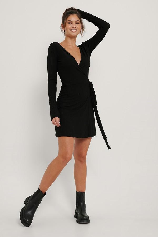 NA-KD Overlap Tie Short Dress