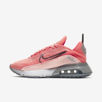 Nike Women's Shoe 2090