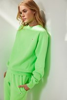 Champion + UO Pigment Dye Pullover Sweatshirt