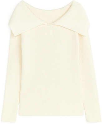 Arket Fitted Open-Neck Jumper