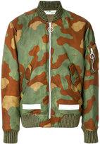 Off-White camouflage print bomber jacket - men - Polyamide/Viscose - S