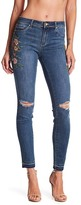Tractr Floral Embroidery Mid Rise Skinny Jeans