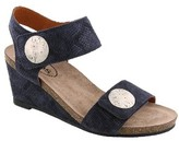 Taos Women's 'Carousel 2' Wedge Sandal