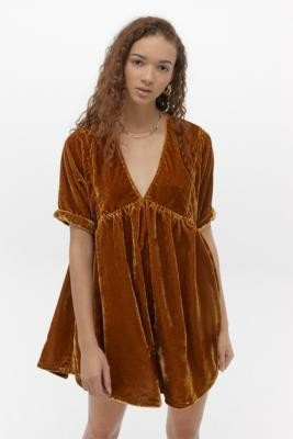 Free People Ivy Gold Velvet Mini Dress - gold XS at Urban Outfitters