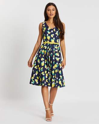 Review Lemon Squeeze Dress