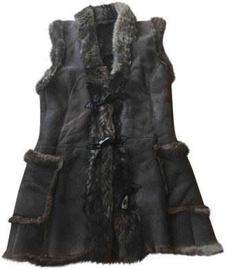 Ventcouvert Brown Shearling Coat for Women