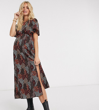 Pieces Maternity midi dress with side split in mixed red floral
