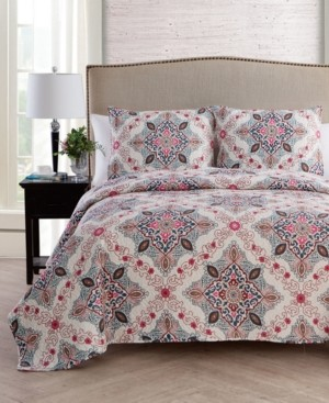 VCNY Home Wyndham 3-Pc. King Medallion Quilt Set
