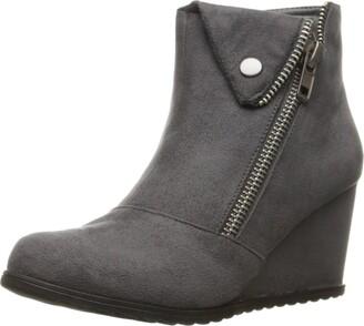 Two Lips Women's Too Nine Fashion Boot