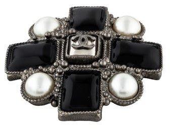 Chanel CC Pearl & Resin Brooch