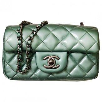 Chanel Timeless/Classique Green Patent leather Handbags