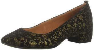 Gentle Souls by Kenneth Cole Women's Priscille Low Heel Dress Pump Shoe